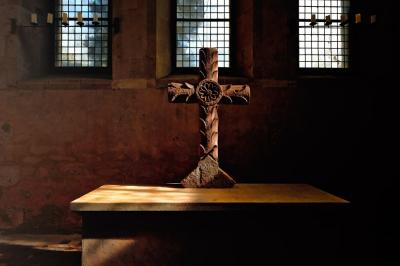 Kreuz, Kirche, Glaube